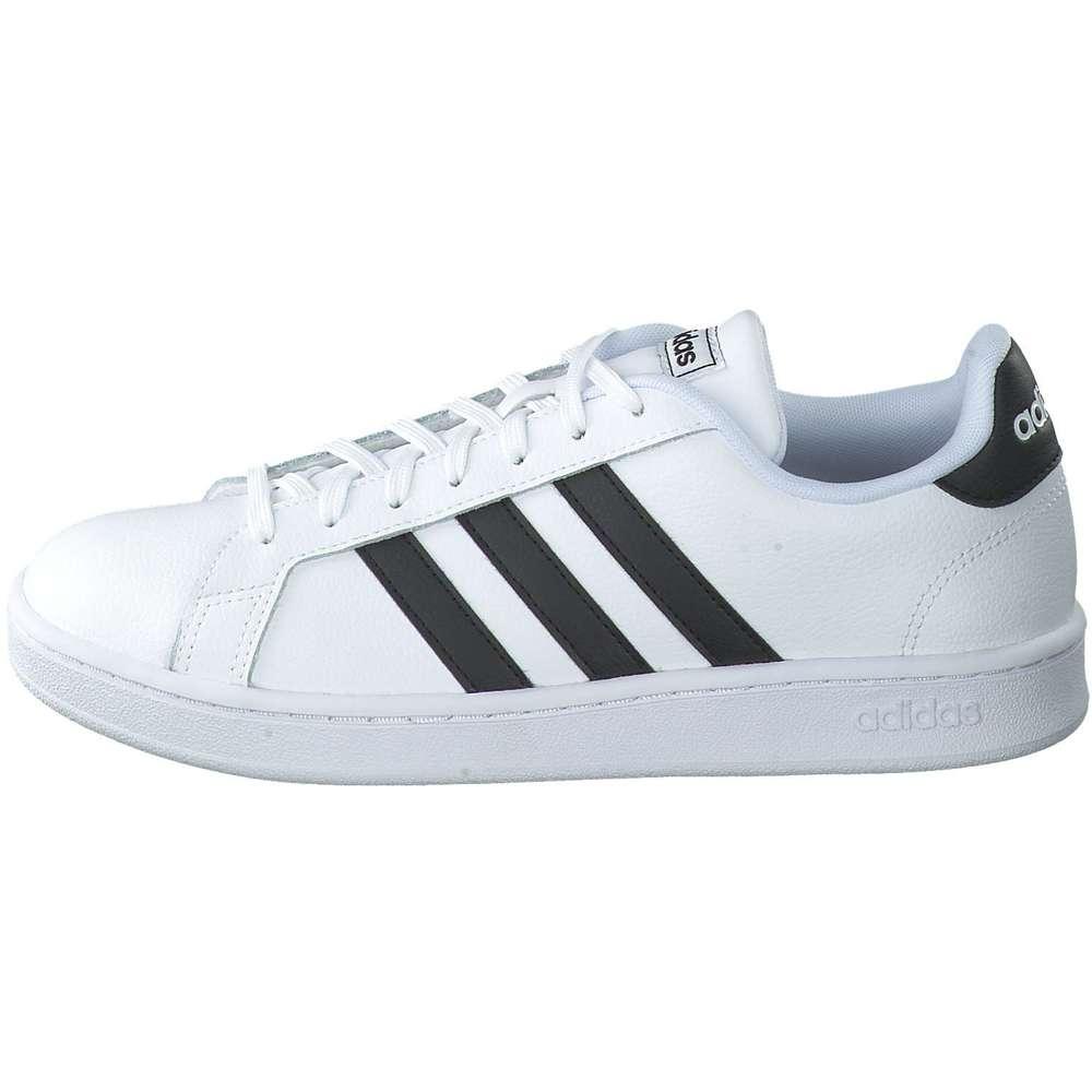 Neue Sneaker von adidas, Nike & Co. online auf schuhcenter.de shoppen