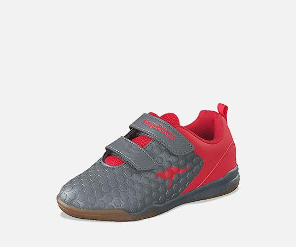 Günstige Sportschuhe für Kinder - Hallensportschuhe mit non marking Sohle, Laufschuhe, sportliche Sneaker uvm.
