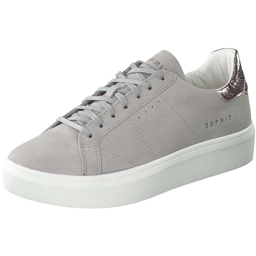Schuhe aus Velourleder
