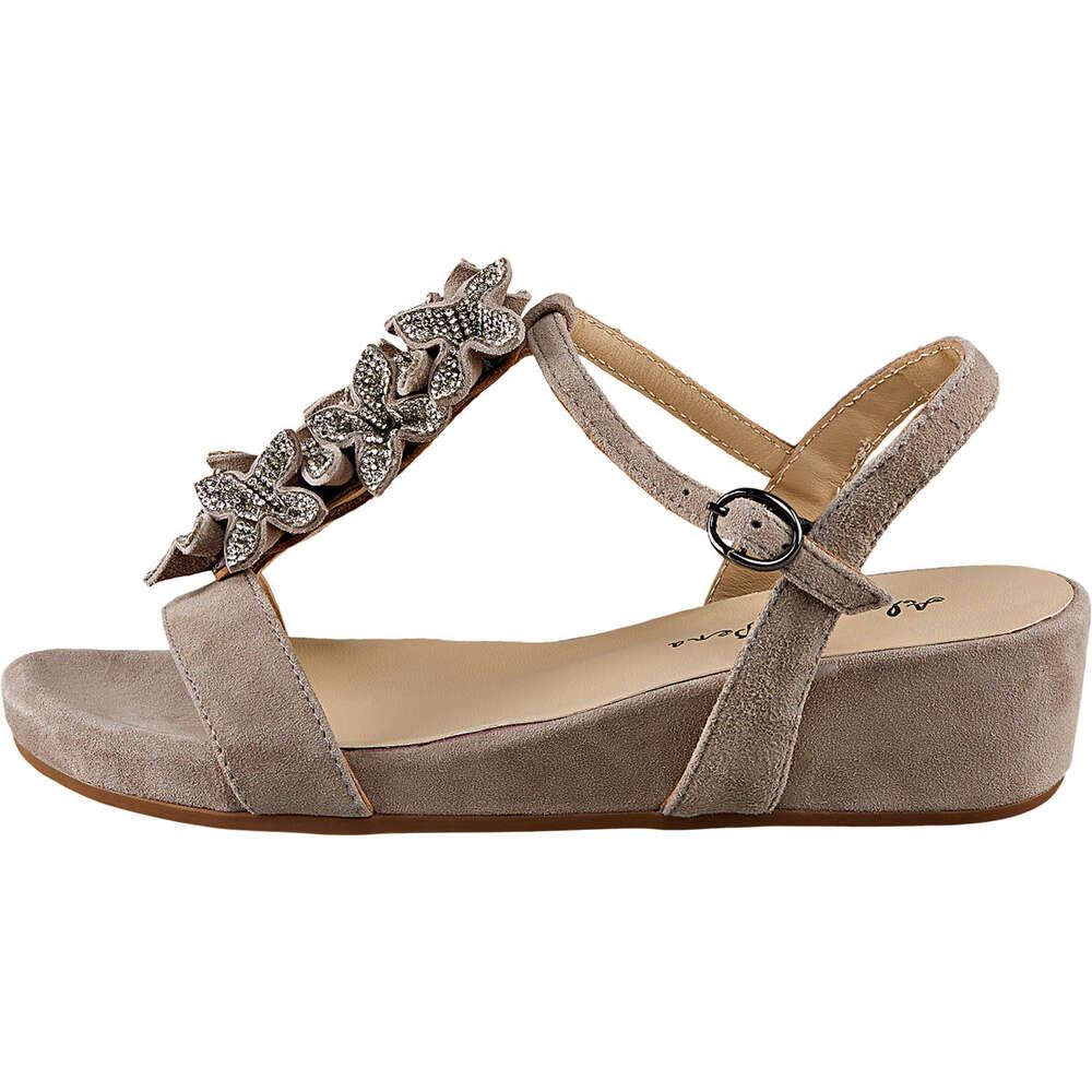 Sandalen und Slings