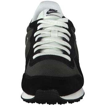 Nike Sportswear Internationalist